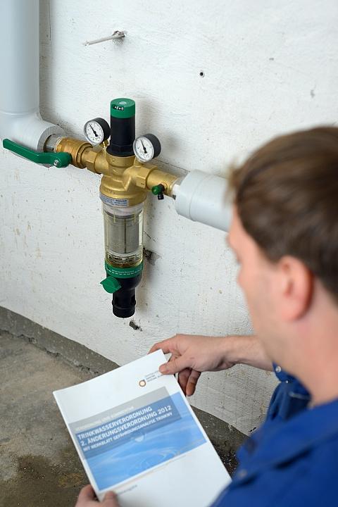 In Deutschland müssen Trinkwasserinstallationen der Trinkwasserverordnung entspr